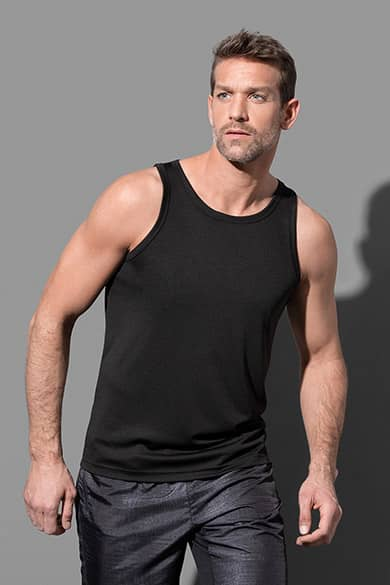 Sleeveless shirt for men